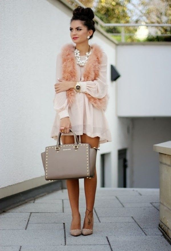 dress style fashion blogger instastyle instagram ootd look of the day wiwt blush blush dress blogger style fashionista shopaholic shopping escloset