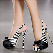 shoes,zebra,zebra print,heels,high heels,bow,bow heels,sexy,sexy shoes,amazing,hot,pretty,love,lovely,trendy,girly,girl,women,fashion,white,black,black shoes,white shoes,fabulous,cute