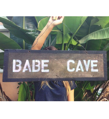 Babe cave sign