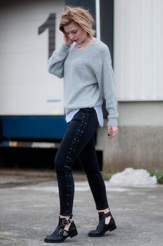 red reiding hood top jeans shoes jewels sweater tank top fine knit jumper