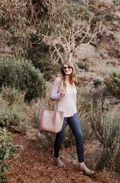 mint arrow,blogger,shoes,bag,top,sunglasses,jeans
