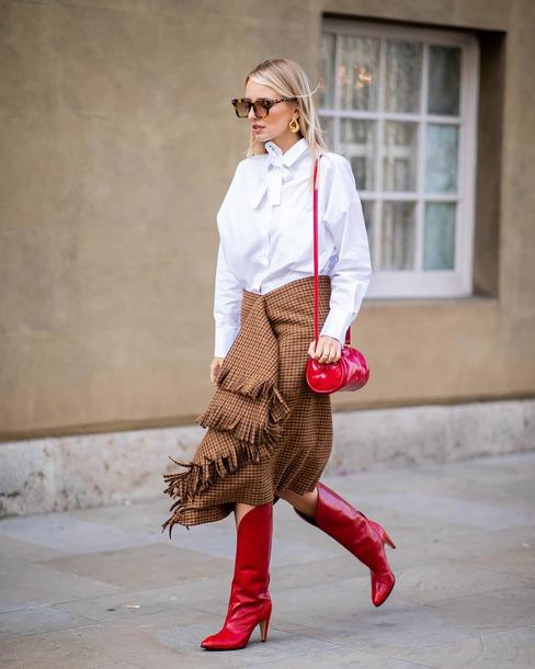 skirt checkered asymmetrical skirt wool knee high boots high heels boots shoulder bag white shirt sunglasses