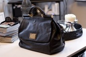 black bag,gold hardware,marc jacobs,bag