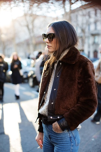 coat brown fur short leather fur coat fur collar coat brown coat furry bomber jacket jacket tumblr brown jacket fuzzy jacket fluffy sweater white sweater turtleneck turtleneck sweater cable knit white cable knit sweater denim jeans blue jeans sunglasses streetstyle