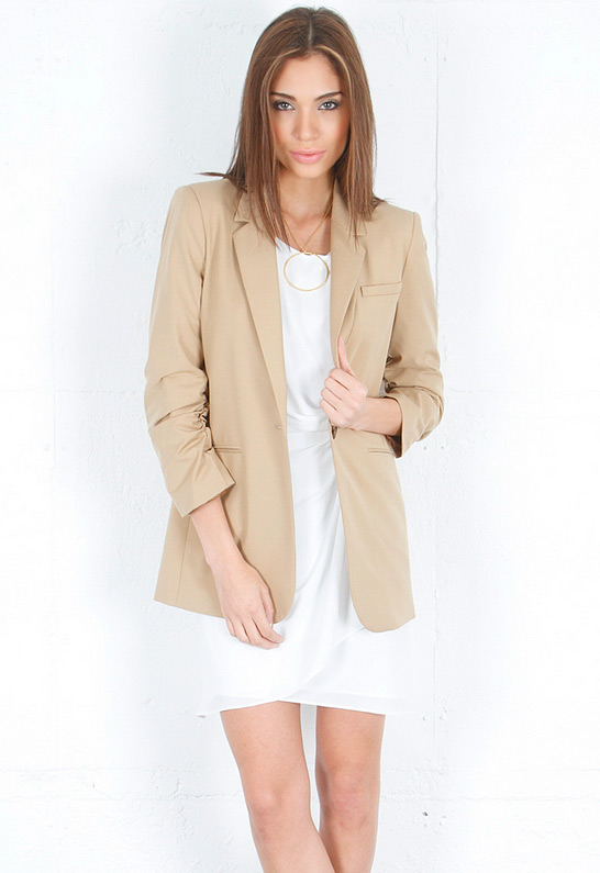 Elizabeth and James Heather Blazer in Camel | SINGER22.com