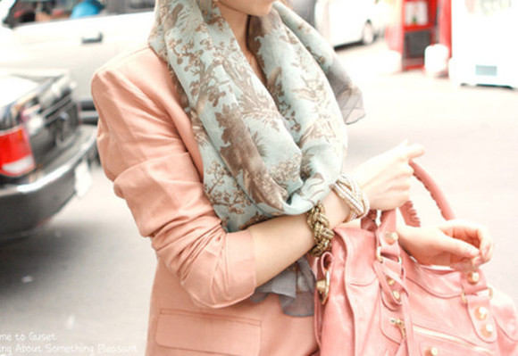 pink jacket jacket pink scarf light blue light green scarf wide scarf long scarf green light green bracelets bag pink bag green scarf clothes gold vintage floral