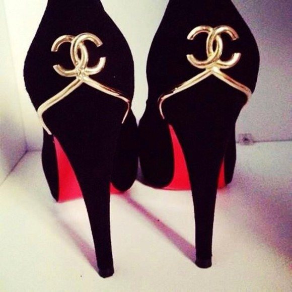 shoes chanel pumps gold black high heels chanel logo black patent shoes high heels stilettos