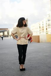 vintage shoes for her,sunglasses,t-shirt,jewels,pants,shoes