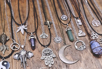 jewels necklace indie boho accessories accessory moon necklace elephant weed yin yang coachella vintage grunge hand of fatima necklace