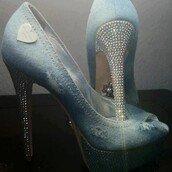 shoes,jeans,high heels,diamonds,blue jeans