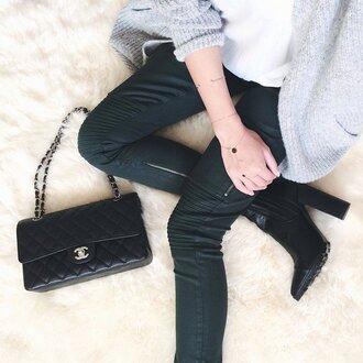 dark green slim chanel bag black bag chain grey cardigan white top black boots heels