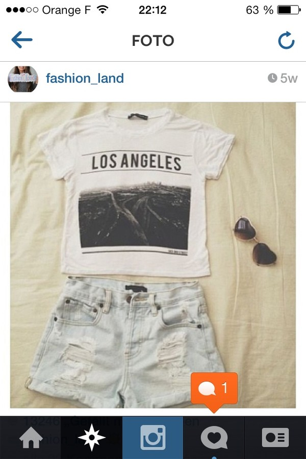t-shirt los angeles white shorts