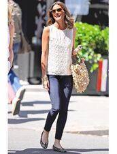 shoes,leopard printed ballerinas,ballet flats,flats,leopard print,animal print,jeans,blue jeans,skinny jeans,top,sleeveless top,sleeveless,white top,bag,nude bag,embellished bag,embellished,olivia palermo,fashionista,sunglasses,spring outfits,streetstyle