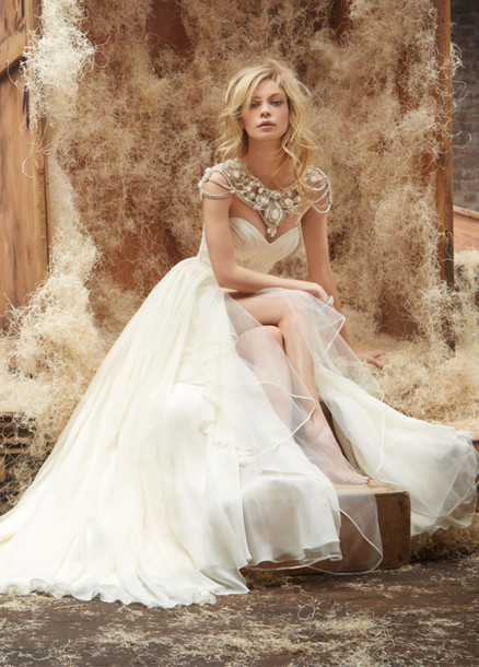 dress wedding dress wedding hairstyles jewels bridal gown wedding accessories