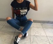 jeans,ripped jeans,blue jeans,t-shirt,black t - shirt,girl,clothes,shirt,tommy hilfiger,black