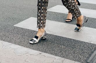 shoes fashion week street style fashion week 2016 fashion week paris fashion week 2016 printed shorts mid heel pumps zebra zebra print streetstyle gucci gucci shoes pilgrim shoes high heel loafers
