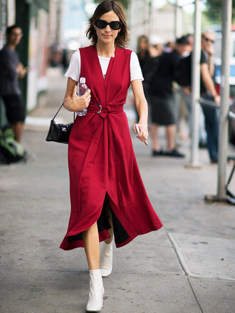 dress tumblr red dress maxi dress wrap dress slit dress boots white boots ankle boots sunglasses t-shirt white t-shirt bag black bag sleeveless sleeveless dress