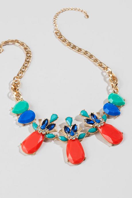 Jasmine statement necklace francesca's