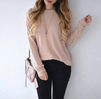 sweater pink girly girl cute cool blonde hair bag necklace ootd weheartit