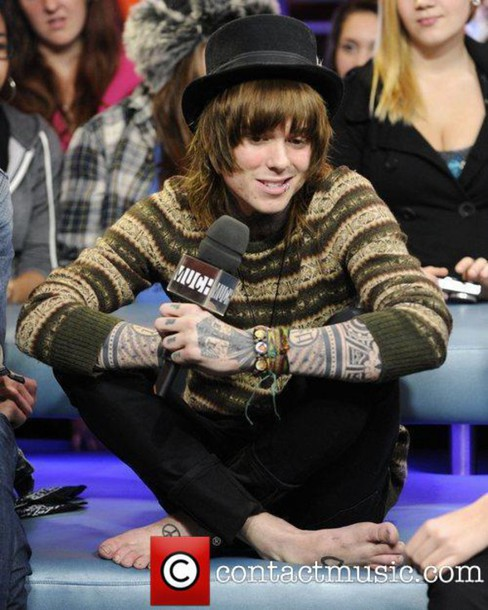 Sweater: christofer drew, neversutnever, hipster, tan, green ...