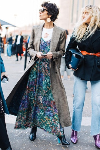 coat london fashion week 2017 fashion week 2017 fashion week streetstyle grey coat grey long coat long coat dress floral floral dress floral maxi dress maxi dress boots black boots earrings accessories accessory sunglasses