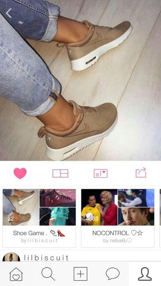 shoes beige nike