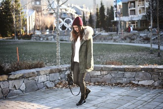 blogger to bruck ave parka khaki knitted beanie