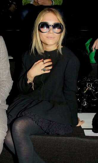 mary kate olsen tights round sunglasses sunglasses