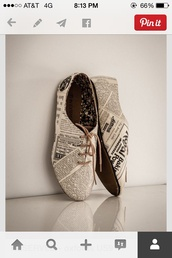 vintage,newspaper,black and white,vintage shoes for her,shoes,oxfords