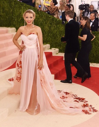 dress blake lively strapless dress pink dress blush pink floral dress metgala2016 met gala