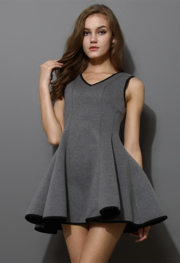 dress v neck skater grey