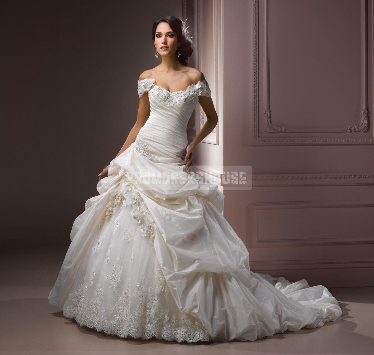 Sweetheart ball gown classic dropped waist flowers wedding dress