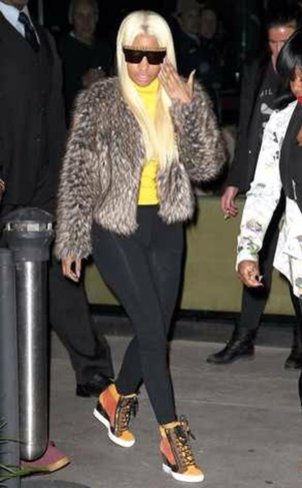 shoes nicki minaj coat sunglasses