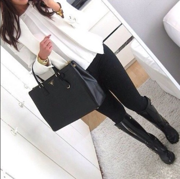 jeans shirt shoes jewels jacket boots black white blouse bag pants wellies classy prada bag white blazer bussines gold jewelry leggings purse rubber winter outfits prada top white blouse thin weheartit girly style white jacket selfie black jeans handbag blogger prada handbags belt coat long sleeves blazer skinny cardigan