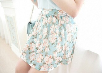 skirt floral skirt floral blue pink roses rose pattern pattern short skirt pleated skirt blue pleated skirt