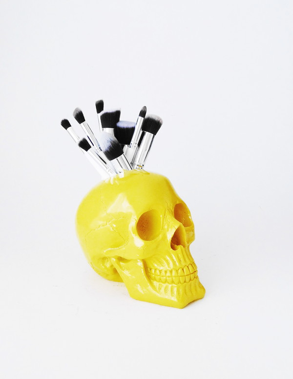 home accessory skull makeup brush holder skull brush holder yellow skull makeup organizer skull decor makeup brushes