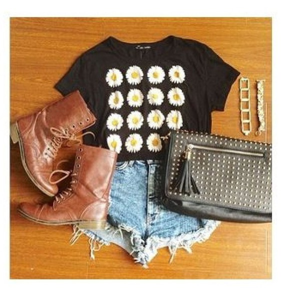 daisy crop tops t-shirt black floral daisies top
