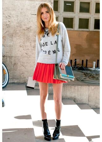 skirt multicolor bag pleated skirt red mini skirt red skirt mini skirt skater skirt boots black boots sweater grey sweater printed sweater bag