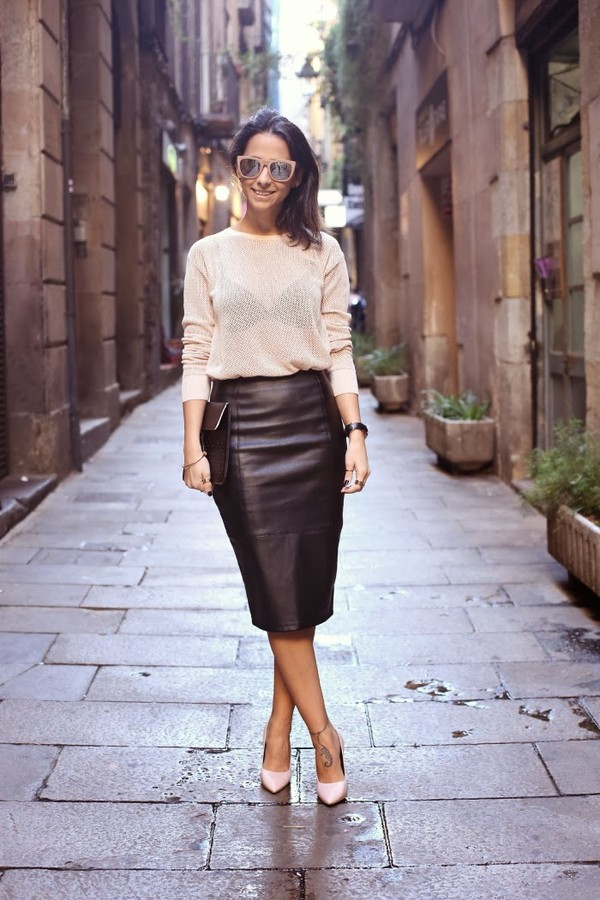 style in lima t-shirt skirt shoes sunglasses jewels bag