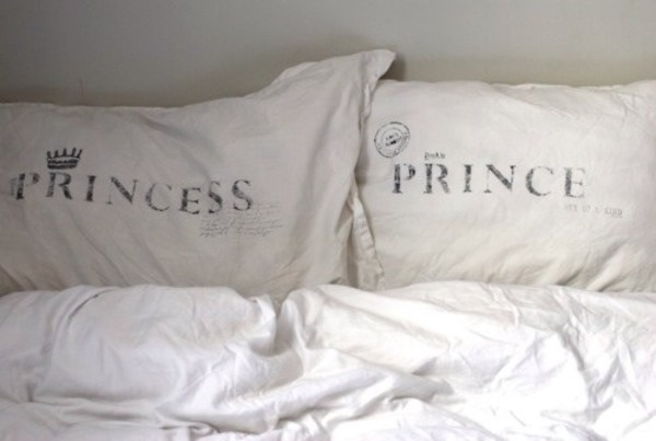 jewels bedroom bedding white bag pillow princess