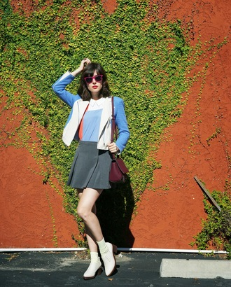a fashion nerd blogger jacket sunglasses white shoes preppy colorblock grey skirt
