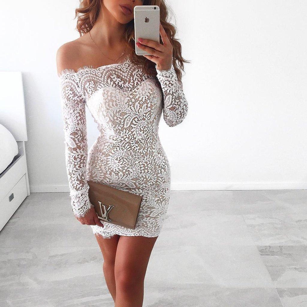 Платье по плечи кружево с рукавом
