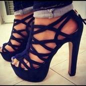 shoes,black shoes,strappy,platform sandals