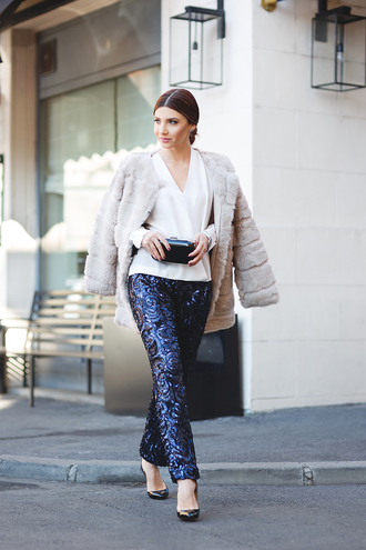 the mysterious girl blogger jacquard blue pants fur coat