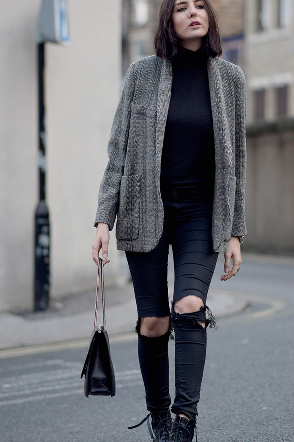 shot from the street blogger jeans sweater bag jacket shoes. 1a569c6abdf
