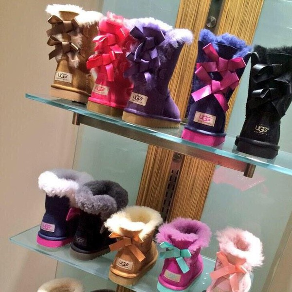 ugg bailey bow kinder
