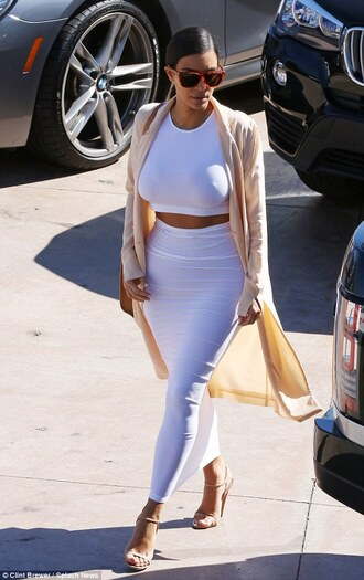 kim kardashian kim kardashian dress white skirt maxi skirt sexy skirt bodycon skirt bodycon dress white dress dress skirt crop tops white top two-piece bag top cardigan shoes