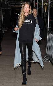 sweater,hoodie,pants,behati prinsloo,model off-duty,coat