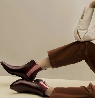 shoes trendy burgandy shoes booties boots fall outfits patent leather