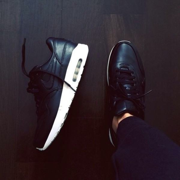 shoes leather matte black shiny nike nike air max 1 nike shoes trainers white sneakers